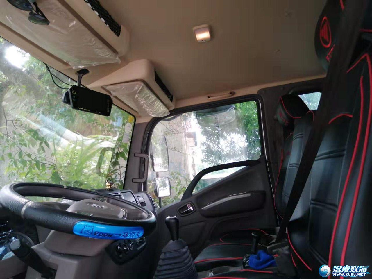 非中介二手9层5新货车福田欧马可S3系131马力3.83米排半厢式轻卡(6档)