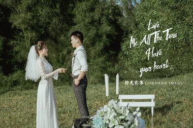 【拾光影像】现在最火的婚纱照风格是哪一种呢?