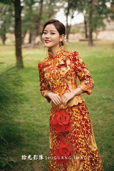 为什么美女往往婚纱照效果一般,但是一般的长相婚纱照却很惊艳?
